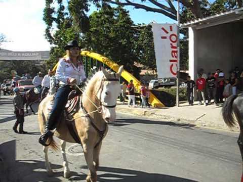 DESFILE HÍPICO. MATAGALPA. NICARAGUA. 24/02/2013.
