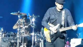 blink-182 First Date @ Arras Main Square Festival 2012 [Mark Hoppus Singing]