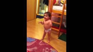 Baby Dancing like Alexandra Stan
