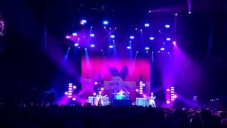 [LIVE] Blink 182 - She´s Out Of Her Mind (Frankfurt/Festhalle 12.Jun 2017) iPhone 6 (60FPS)