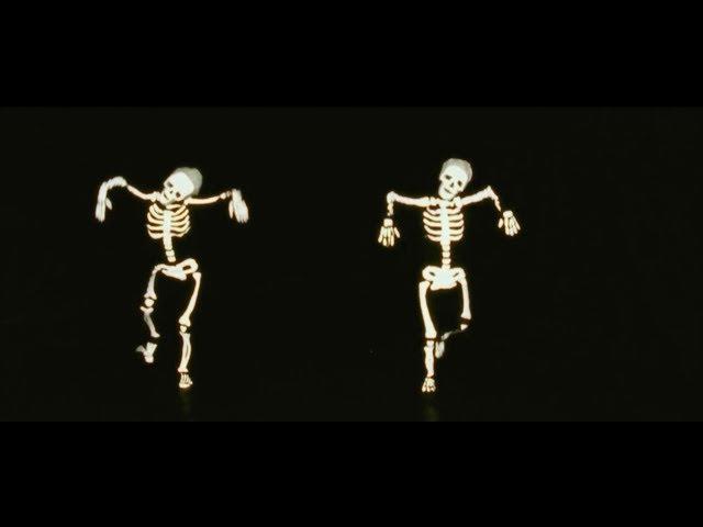 Video oficial del tema Tic Tac Toe del grupo inglés Django Django