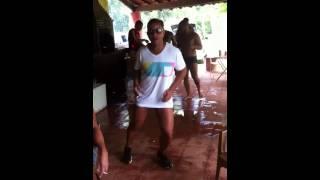 Digão jogador dança da marchinha