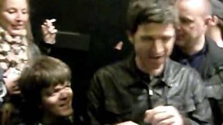 Noel Gallagher leaving Soundcheck Paris 06/12/2011