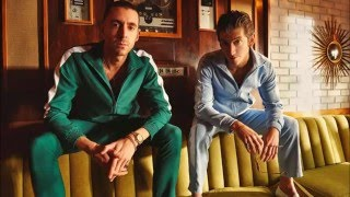 The Last Shadow Puppets - Bad Habits (Lyrics)