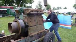 Start of a Lister 4 Cylinder by hand,stationary engine,Stationärmotor,Dieselmotor,Lister
