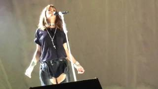 Rihanna - Love On The Brain Live Bucharest