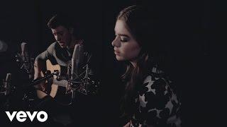 Shawn Mendes & Hailee Steinfeld - Stitches ft. Hailee Steinfeld