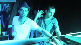 Between Us Live act at Social Club - paris