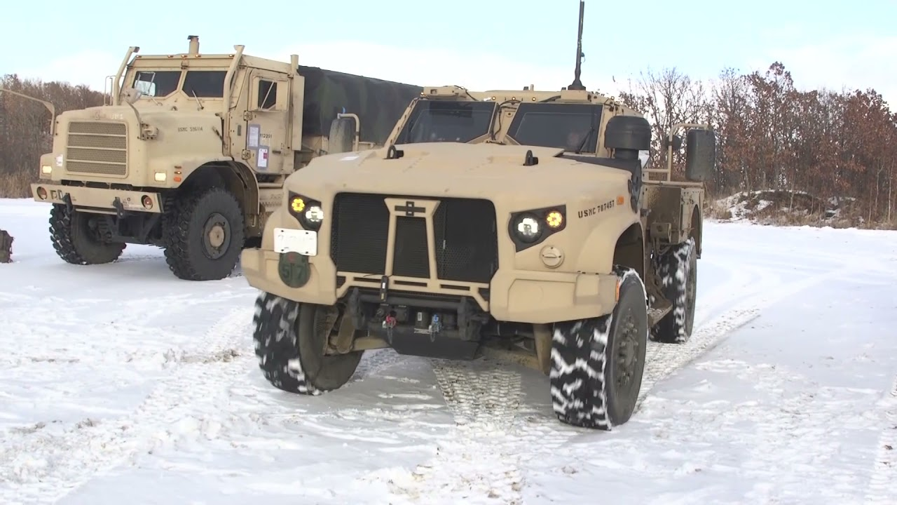 U.S. Marines - Test their Vehicles in the Snow