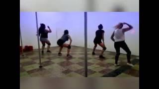Sin Compromiso- J Balvin ft Jowell y Randy - Clase de Reggaeton- Julieta Fama