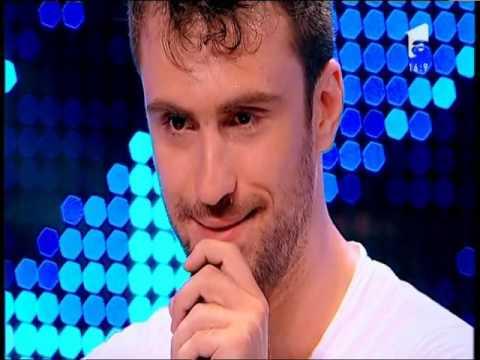 Ștefan Bănică se ridică și pleacă în timpul interpretării lui Grigorescu Dragoș, X Factor