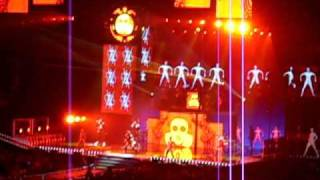 Black Eyed Peas - Boom Boom Pow (live@ The E.N.D. tour 2010 in St.Paul)
