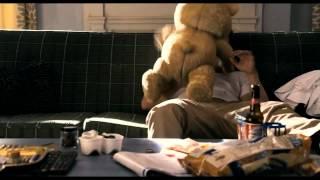 O Ursinho Ted (Ted) - Trailer [HD] para maiores - Filme 2012