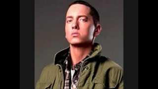 Eminem- Listen To Your Heart (remix)
