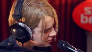 Studio Brussel: Tom Odell - Another Love (live)