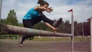 Monika skacze ^^