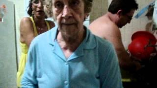 Dona Branca lembra o papai Walter Bastos pau de macarrão.MPG