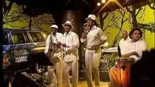 Cuban group CUBALCANICA - Que le den candela (e-mail:son_cuba@open.telekom.rs)