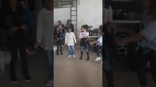 Crianças dançando funk parte 2