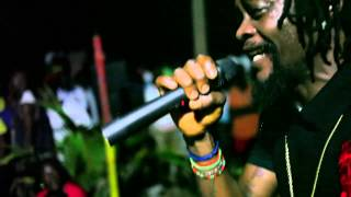 """Takun J Performing """"They Lie to Us"""" Live at Rasta Beah for Ebola Pop Up Show"""