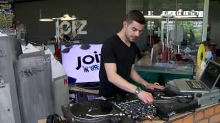 DJ Wiz - Liveperformance bei joiz in the hood
