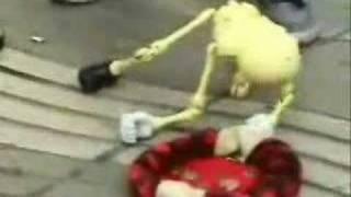 Esqueleto bailarín