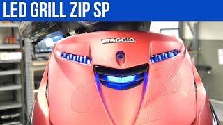 PIAGGIO ZIP SP LED GRILL VERLICHTING IN KLEUR   VOL GAS MET JOEY
