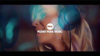 Roberto Rios feat. Dukai Regina - We Glow (Burning Flame) - Official Video)