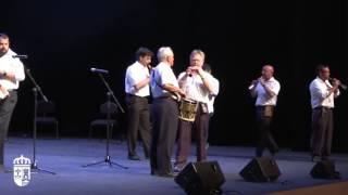 01. Escuela de Dulzaina de La Rioja. Pasacalles. Gala de Folclore 2016