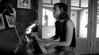 I Don't Believe in the Sun - The Magnetic Fields (cover)