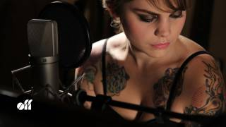 "OFF SESSION - Coeur de Pirate: ""Adieu"""