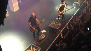 Simple Plan - Welcome To My Life live from Lausanne, Switzerland