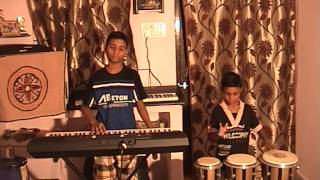 KUMBALA MANISH AND DEEPESH PLAYING NANNA MUNNA RAHI HO SONG