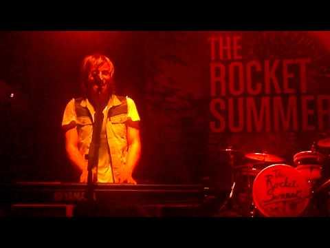the-rocket-summer-scrapbook-skyisxthelimitt