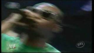 Three 6 Mafia WWE Live Performance 2006 (Introducing Mark Henry) - Some Bodies Gonna Get It
