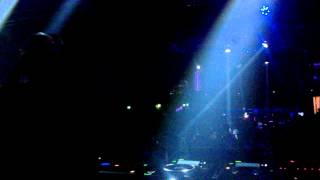 """Dj Sneak plays """"Donna Summer - I Feel Love"""" live @ IndepenDANCE festival after party"""
