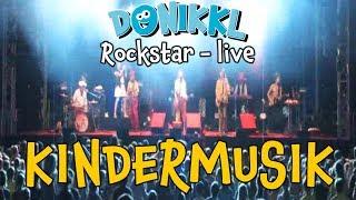 """Kindermusik ♫ Kinderlieder ♫ """"Rockstar"""" live ♫ DONIKKL ♫ Tollwood Festival"""