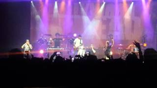 Hollywood Undead - Comin' in hot live in Stockholm 21/03/16 feat E-stream part 1
