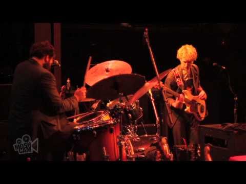 deer-tick-ashamed-live-in-new-york-moshcam-moshcam