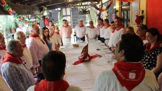 Una representación de alcaldes de la Costa del Sol se reúnen en la Casa Navarra de Mijas