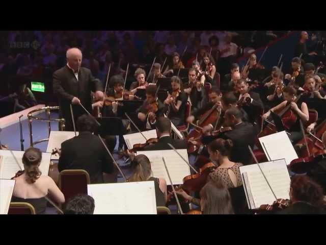 Vídeo de Daniel Barenboim interpretando a Beethoven