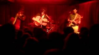 Jack Savoretti, 'Come, Shine a Light', live at Bor