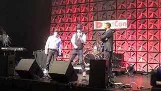 Barack Obama vs Mitt Romney - Epic Rap Battles of History (Live) - VidCon 2013