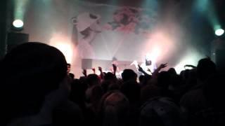 Cro - Einmal um die Welt live (22.04. Duisburg)
