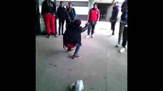Bailarino kuduro da Escola