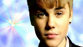 "Justin Bieber - ""Boyfriend"" (Music Video Parody) With 'Lyrics'"