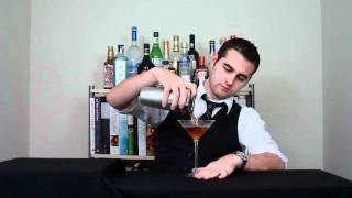 How to Make the Perfect Classic Manhattan