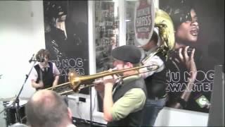 Broken Brass Ensemble - Crazy in love (Beyoncé ft. Jay-Z cover / Zwarte Lijst Classic)