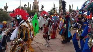 Bajada de los Diablos por el monumento en Humahuaca ..Carnaval 2015