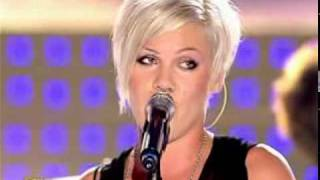 P!nk - Who Knew (Live Star Academy 2006)